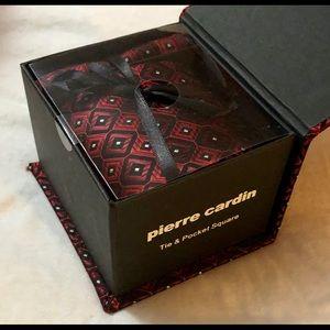 New Pierre Cardin Tie & Pocket Square Gift Box